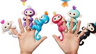 """קופים המגיבים למגע, נשיקות וחיבוקים. קרביץ, יח""""צ"""