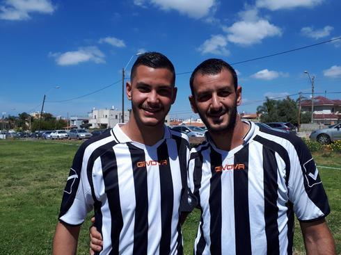 """האחים לבית מחפוד - שמעון ואלירן מקבוצת """"הנחל"""". צילום: אבישי גמליאל"""
