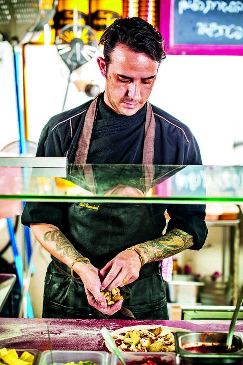 """שוורצברד. """"חשבתי לעצמי מי כבר יכנס למסעדת שף בקיבוץ""""   צילום: אפיק גבאי"""