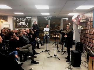 סיגל שיינמן בערב הפרידה. צילום: באדיבות רפאל חתוכה, דובר עיריית ראש העין