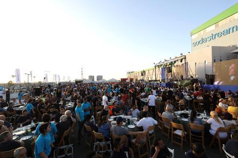 סעודת איפטאר בסודהסטרים. צילום: סיון פרג'