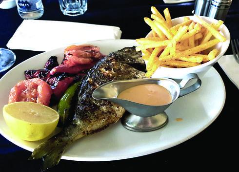 הדג היה טוב, עשוי מדויק, טרי וטעים | צילום: אשר קשר